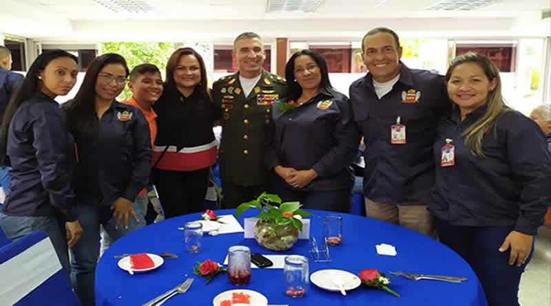 Con un banquete y numerosos regalos el IPSFA celebra el Día de la Secretaria